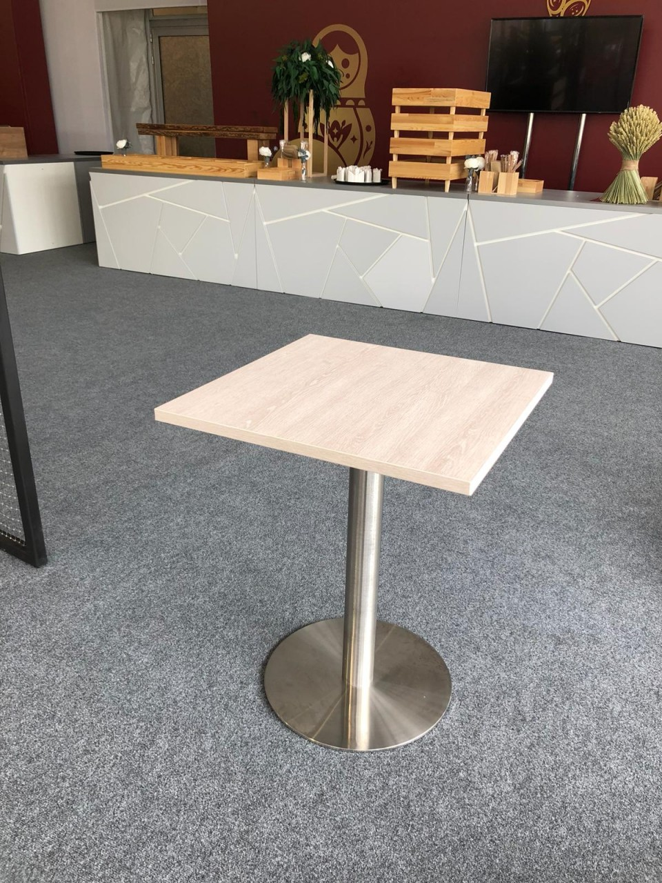 Tisch XONI